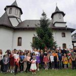 """Ziua Copilului în """"Grădina Sfinţilor Trei Ierarhi"""" din Bacău"""